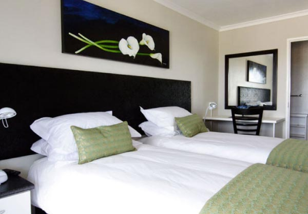 arum lilly room monte video guesthouse beds