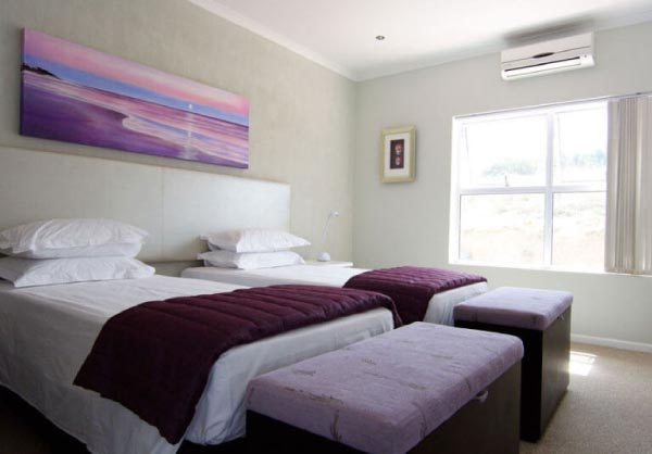 pastels room monte video guest house beds