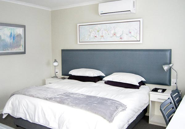 silver sand room monte video guesthouse beds